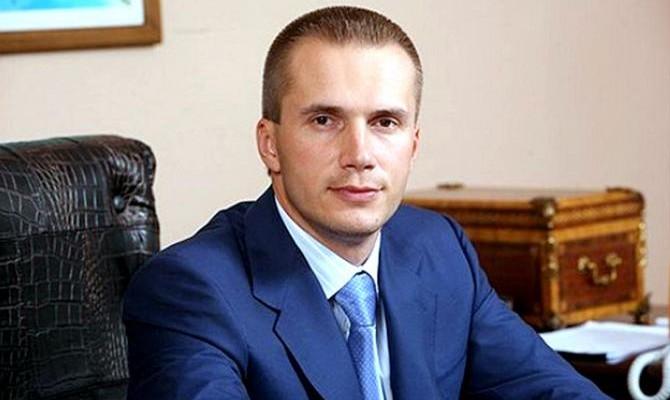 Сын Януковича хочет, чтобы НБУ компенсировал его убытки