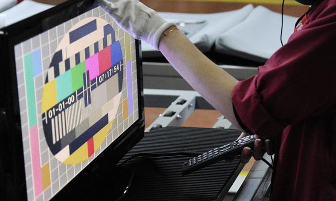 НаКрым начнут трансляцию еще 8-10 украинских телевизионных каналов