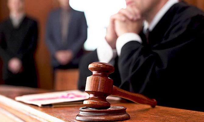 Суд арестовал завод соков «Биола» и здание «Студии 1+1» по делу Приватбанка