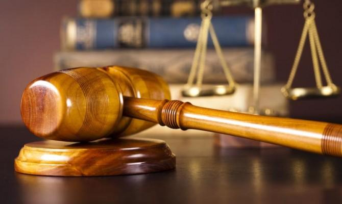 Луценко не желает Антикоррупционного суда, который будет работать «только наНАБУ»