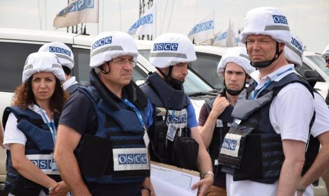 Украинские военные натравили собак нанаблюдателей ОБСЕ вДонбассе