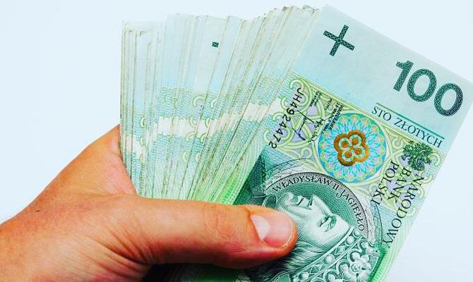 В 2016г. украинцы изПольши перевели в Украинское государство 8 млрд. злотых
