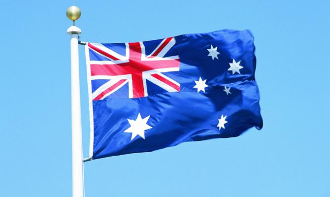 Порошенко поблагодарил Австралию запродление санкций противРФ