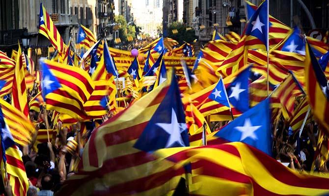 ВКаталонии объявили забастовку из-за использования  насилия нареферендуме