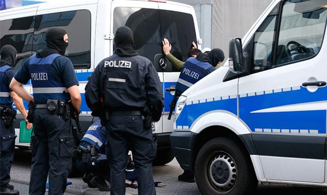 В текущем году вГермании открыли около 900 дел, связанных стерроризмом