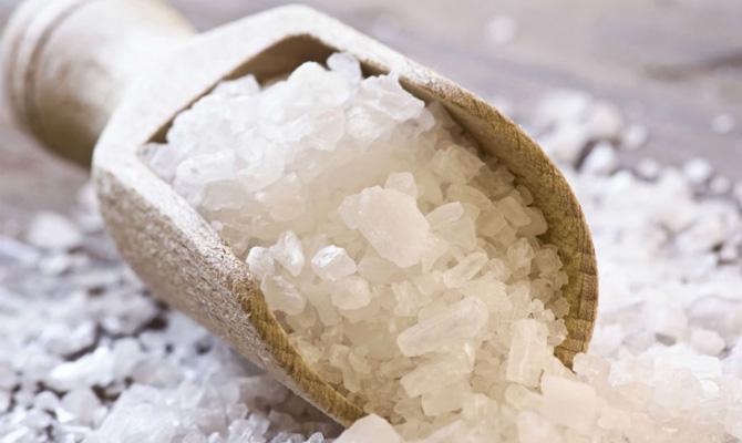 «Киевводоканал» накупил соли по85 грн/кг— Золотая соль