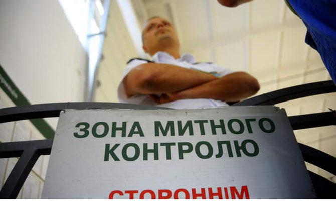 Aliexpress под замком: украинцам запретят покупать за рубежом больше 3 товаров
