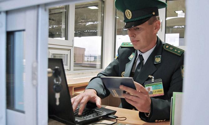 Троян: МВД введет систему биометрического контроля награнице сРФ
