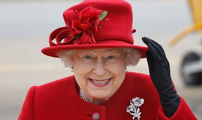 У Елизаветы II обнаружили в оффшорах 13 млн долларов