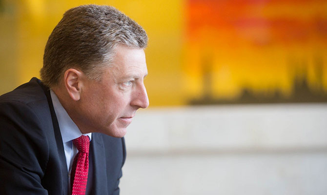 Рекс Тиллерсон обсудил сПетром Порошенко развертывание международной миссии ООН вДонбассе