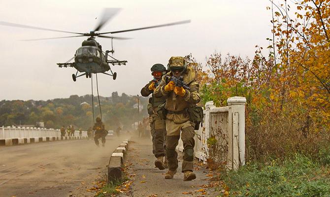 Обострение взоне АТО: двое военных погибли, трое пострадали