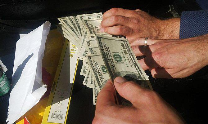 Прапорщик Нацгвардии похитил  имущества на2,3 млн  грн  и убежал