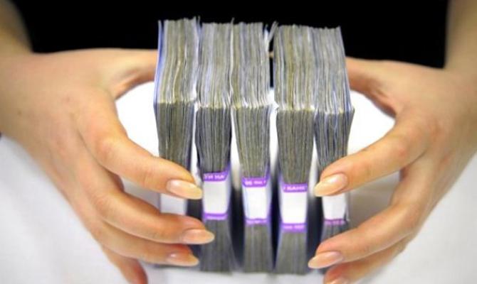 НБУ одолжил одному из банков 3 млрд гривен