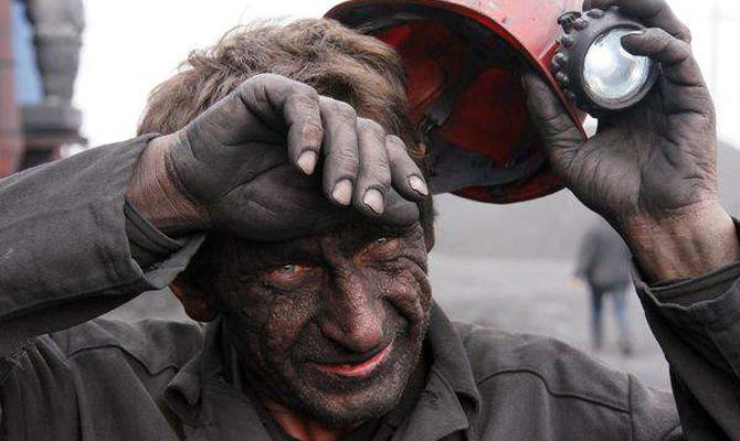 ВВолынской области горняки невыходят изшахты взнак протеста