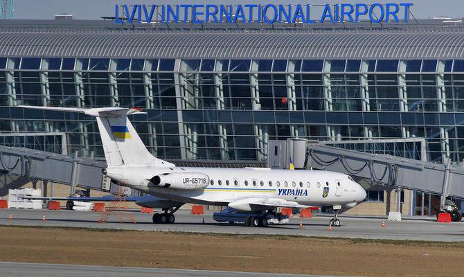 Аэропорт «Львов» остановил переговоры сRyanair