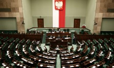 Сенат Польши принял нашумевшие законы о судебной реформе