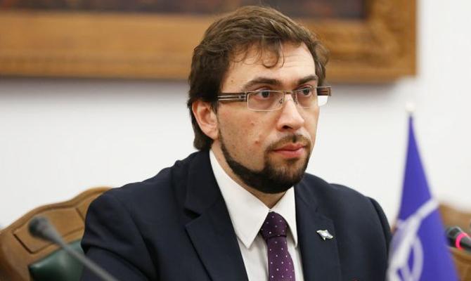 НАТО потребовало от украинской столицы назначить гражданского министра обороны