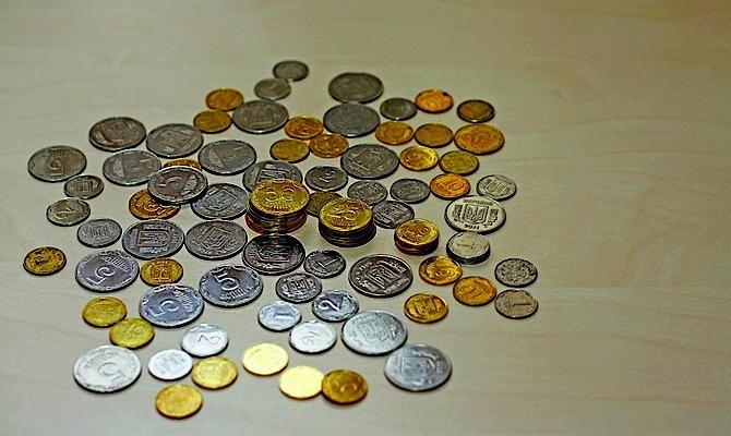 Фонд гарантирования продает монеты на 25 млн грн