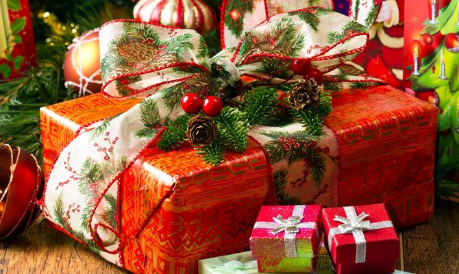 Американцы тратят $16 миллиардов в год на ненужные подарки