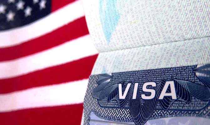 США готовы возобновить выдачу виз гражданам Турции