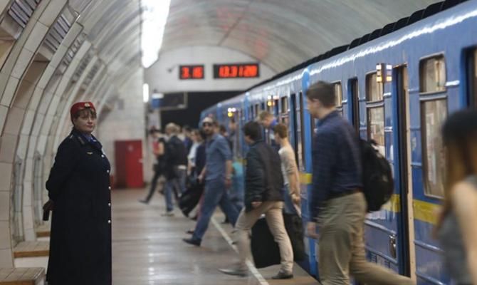 Киевский метрополитен в минувшем 2017  перевез практически  500 млн пассажиров