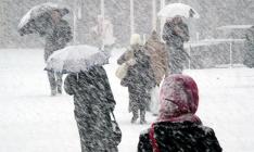 В Украине из-за непогоды без света остаются более ста населенных пунктов