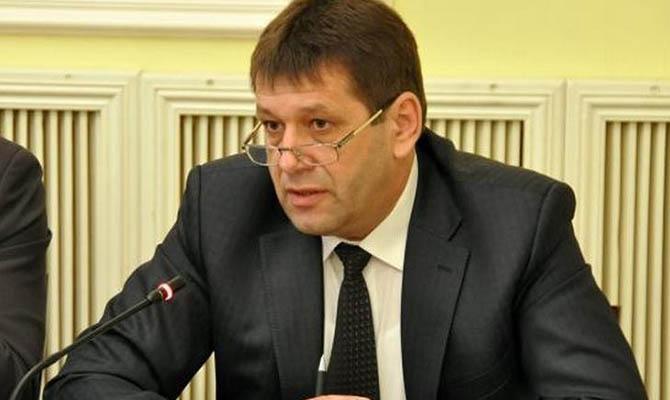 В декабре вице-премьер Кистион заработал почти четыре служебных оклада