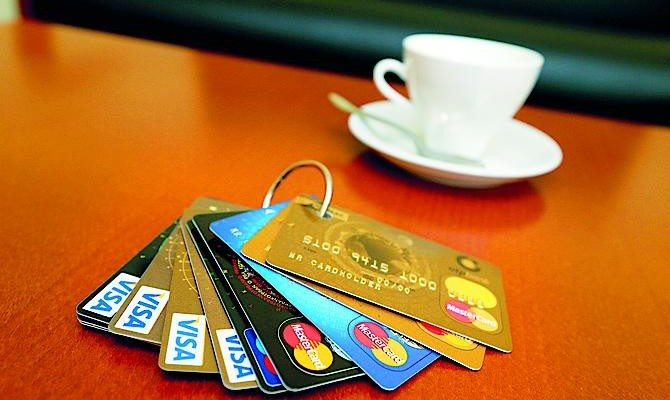 Карточные мошенники нанесли убытки банкам на 164 млн грн