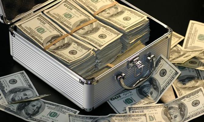 Международные резервы Украины сократились до $18,4 млрд