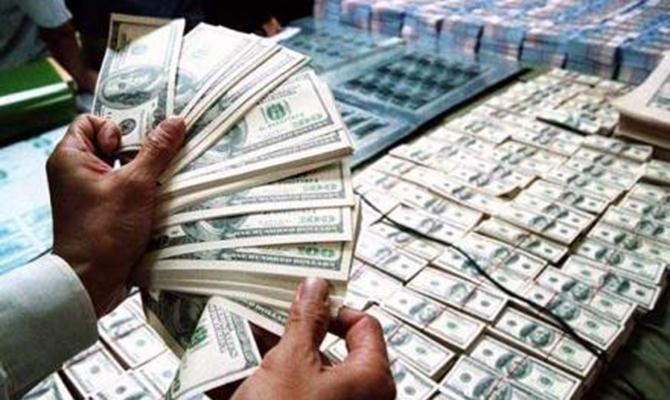 Богатейшие люди мира потеряли за день 93 млрд долларов на падении фондовых индексов