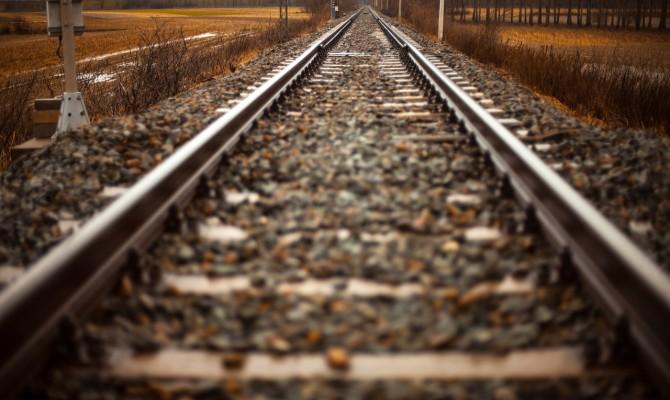 МИУ разрабатывает проект первого скоростного ж/д пути в Украине