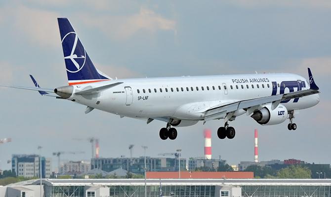 LOT увеличит частоту полетов в Харьков