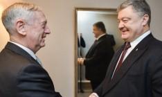 Порошенко обсудил с главой Пентагона введение миротворцев на Донбасс