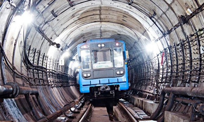Киевский метрополитен сменил прибыль на практически миллиардный ущерб