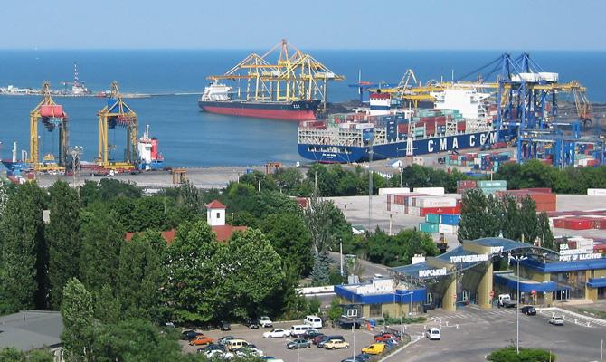 Китайская компания займется углублением дна в порту Черноморск
