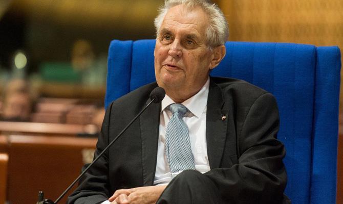 Чехия высылает троих дипломатов РФ— Отравление Скрипаля