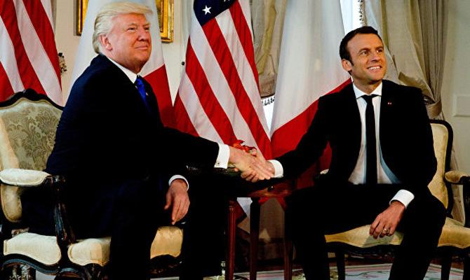 Макрон убедил Трампа не выводить войска из Сирии