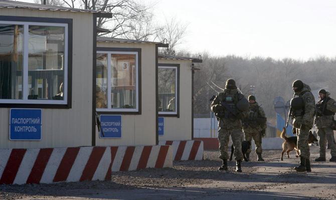 Боевики применили танк около пункта пропуска Гнутово— штаб