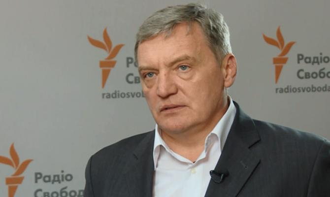 Три страны готовы снабжать средствами миротворческую миссию наДонбассе— Юрий Грымчак