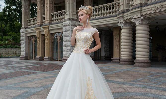 bcece95e2c2126e Из Буковины в Африку: как украинское свадебное платье путешествует по миру