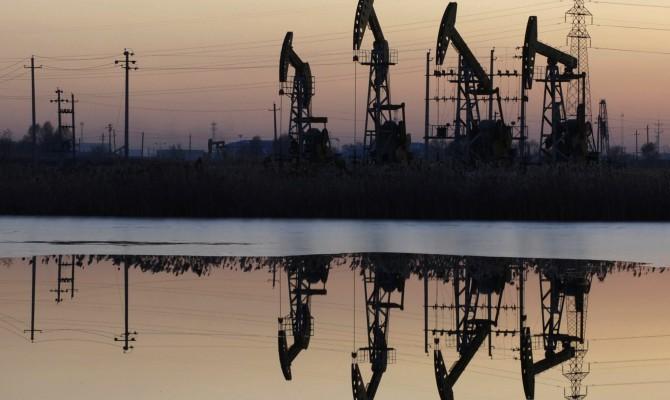 Цена нефти Brent опустилась ниже $75 за баррель