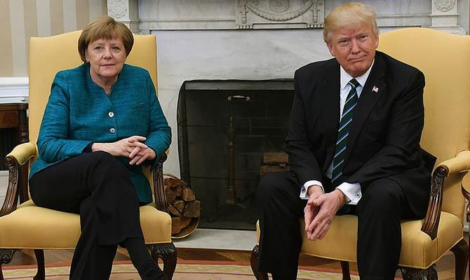 «Отличная встреча», «замечательные отношения»: Трамп доволен переговорами с Меркель