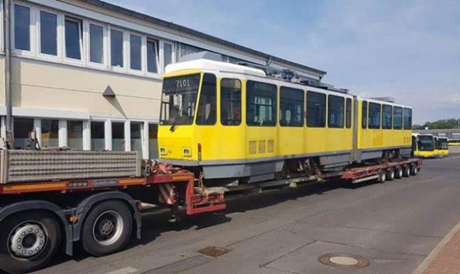 Львов купил в Берлине трамваи, у которых не открываются двери на остановках