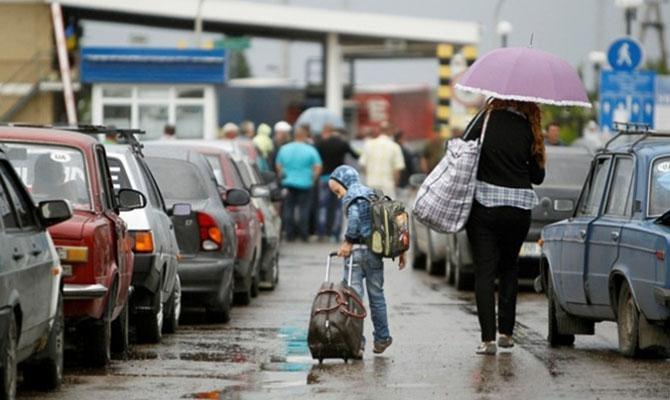 В Польшу выехали более миллиона украинцев- посол