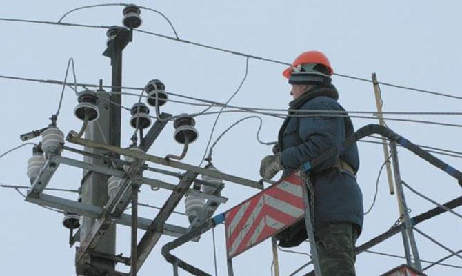 Государственная компания продала электричества в ДНР на полмиллиарда