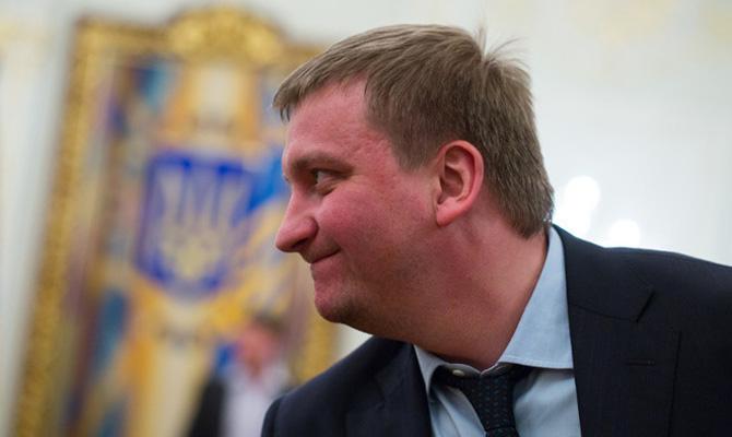Суд обязал НАБУ начать расследование в отношении министра Петренко