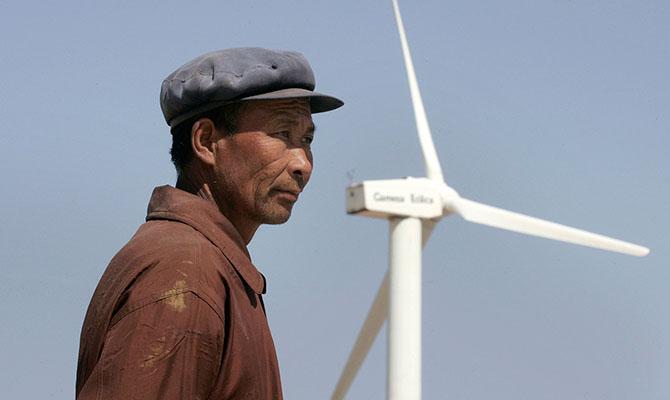 В Китае замедляется рост инвестиций