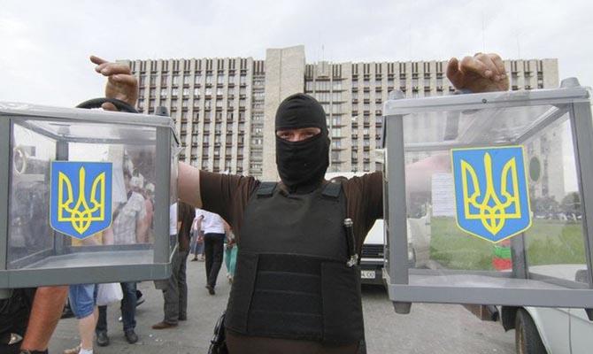 Тимошенко и Порошенко лидируют в президентском рейтинге