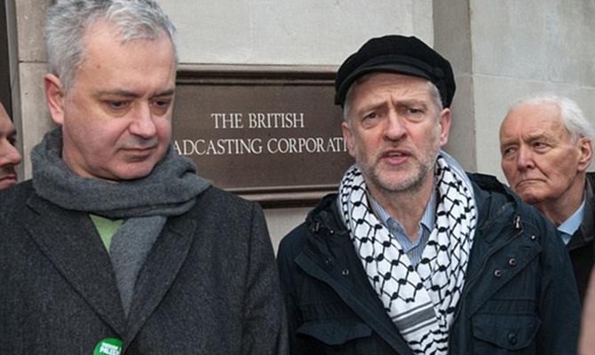 Украина объявила персоной нон грата советника Джереми Корбина, - Daily Mail