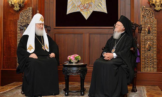Украинские чиновники начали составлять опись имущества Украинской Церкви
